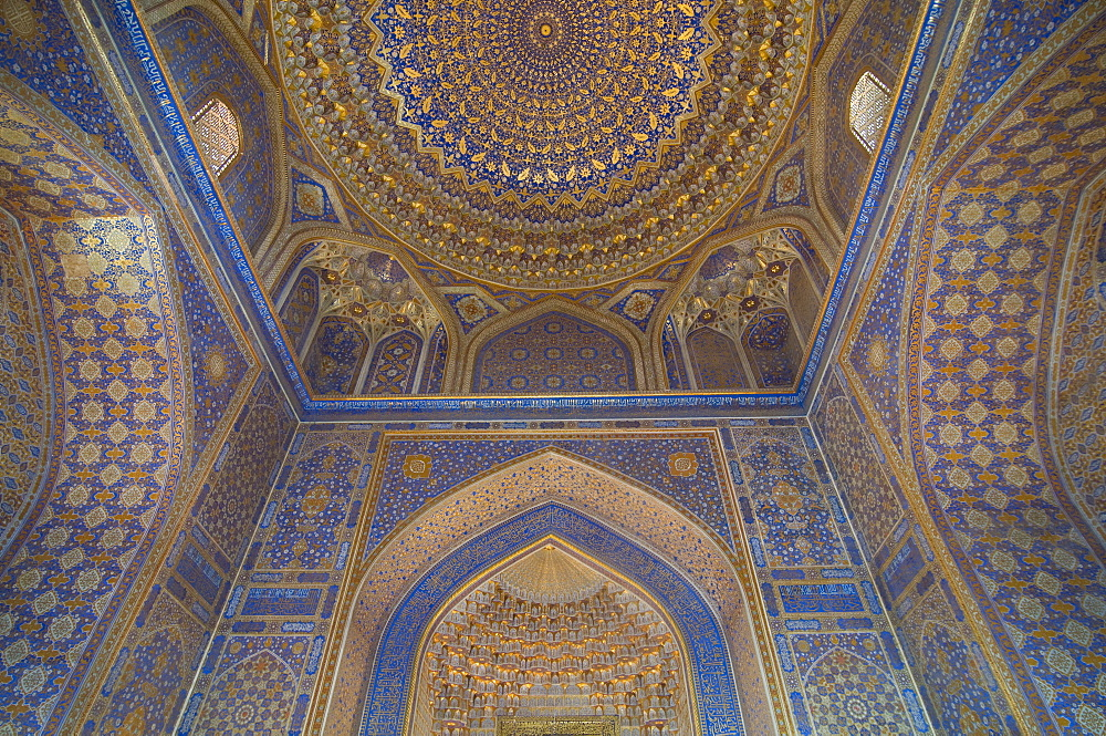 Interior of Tilla Kari Medressa at the Registan, UNESCO World Heritage Site, Samarkand, Uzbekistan, Central Asia