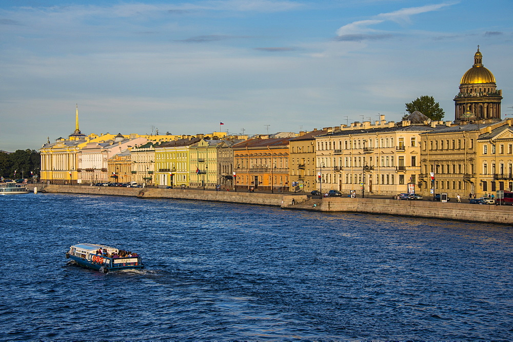 City center of St. Petersburg from the Neva River at sunset with St. Isaac Cathedral in the background, St. Petersburg, Russia, Europe