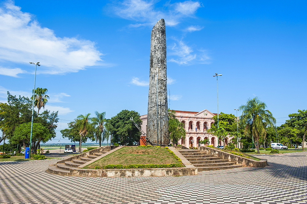 Obelisk in front of the pink Cabildo, Museum of the National Congress in Asuncion, Paraguay, South America
