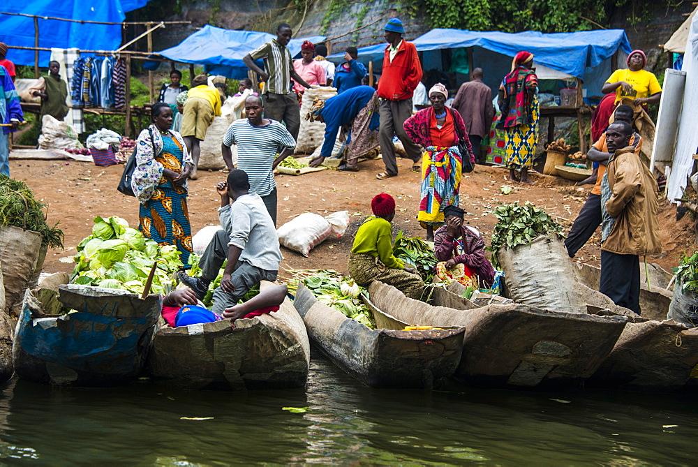 Morning market on Lake Bunyonyi, Uganda, East Africa, Africa