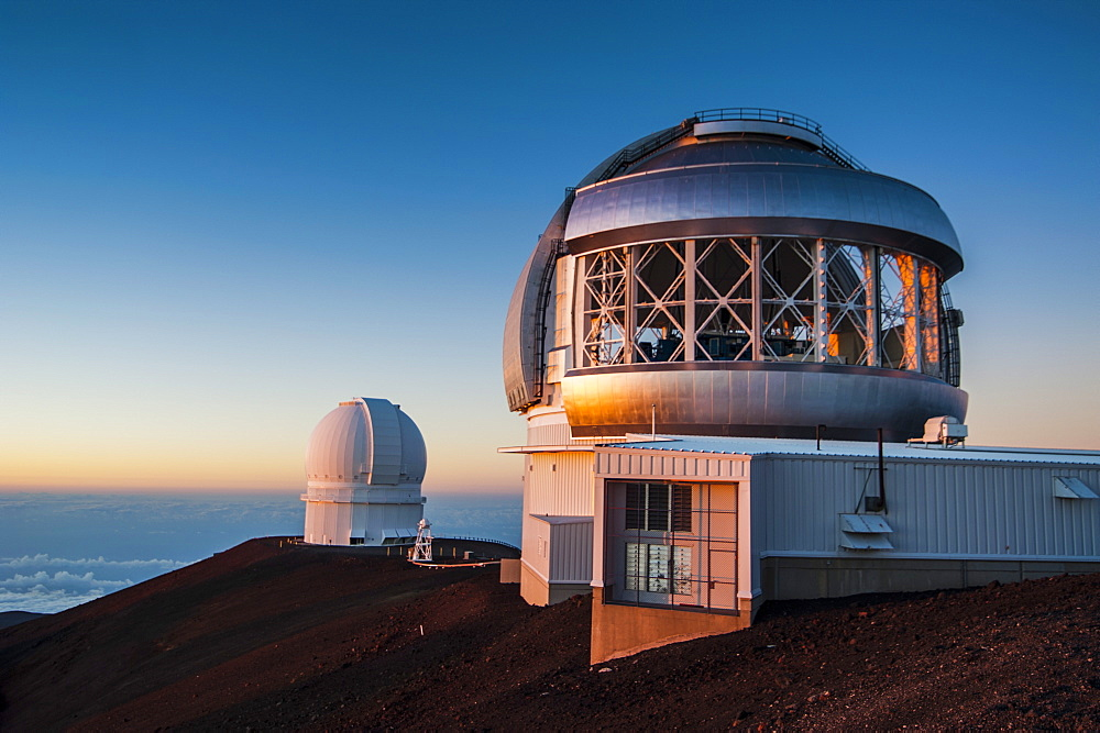Observatory on Mauna Kea at sunset, Big Island, Hawaii, United States of America, Pacific - 816-6129