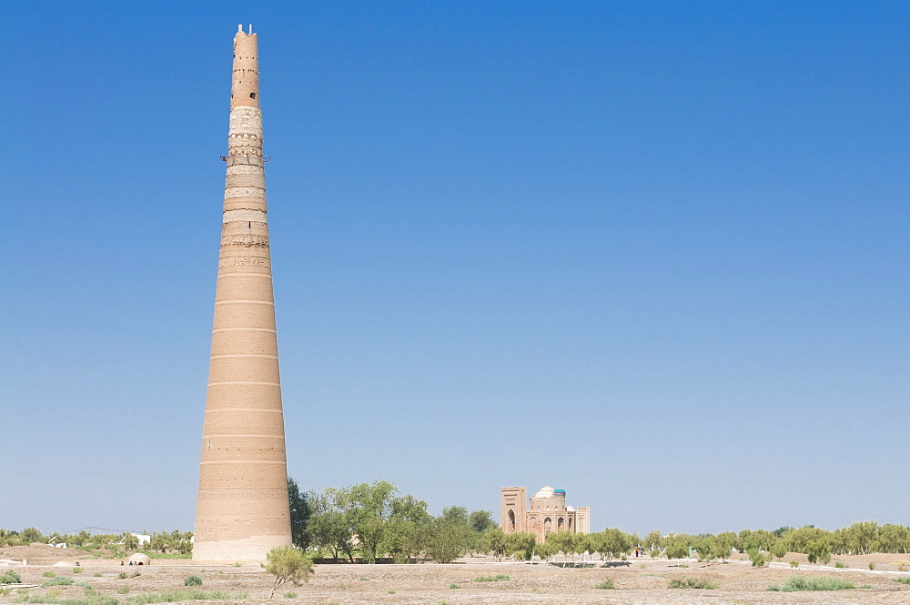 Konye Urgench with Gutlug Timur minaret, UNESCO World Heritage Site, Turkmenistan, Central Asia, Asia