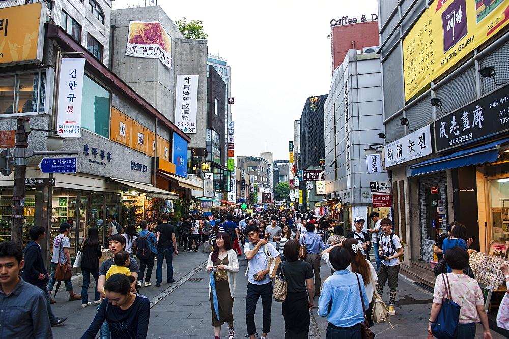Insadong-gil shopping district, Seoul, South Korea, Asia