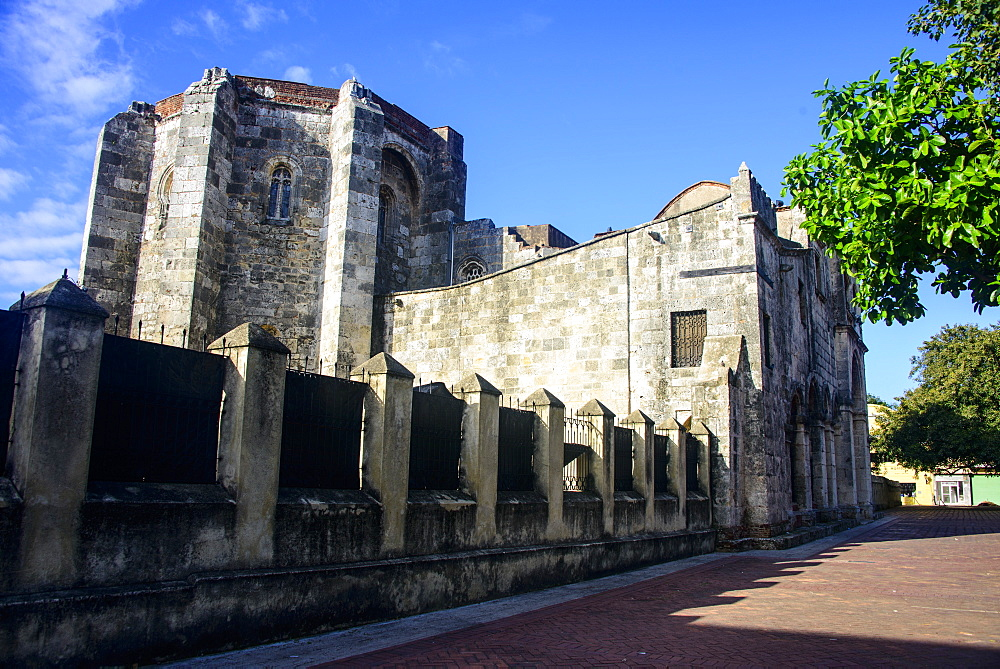 Cathedral Primada de America, Old Town, UNESCO World Heritage Site, Santo Domingo, Dominican Republic, West Indies, Caribbean, Central America