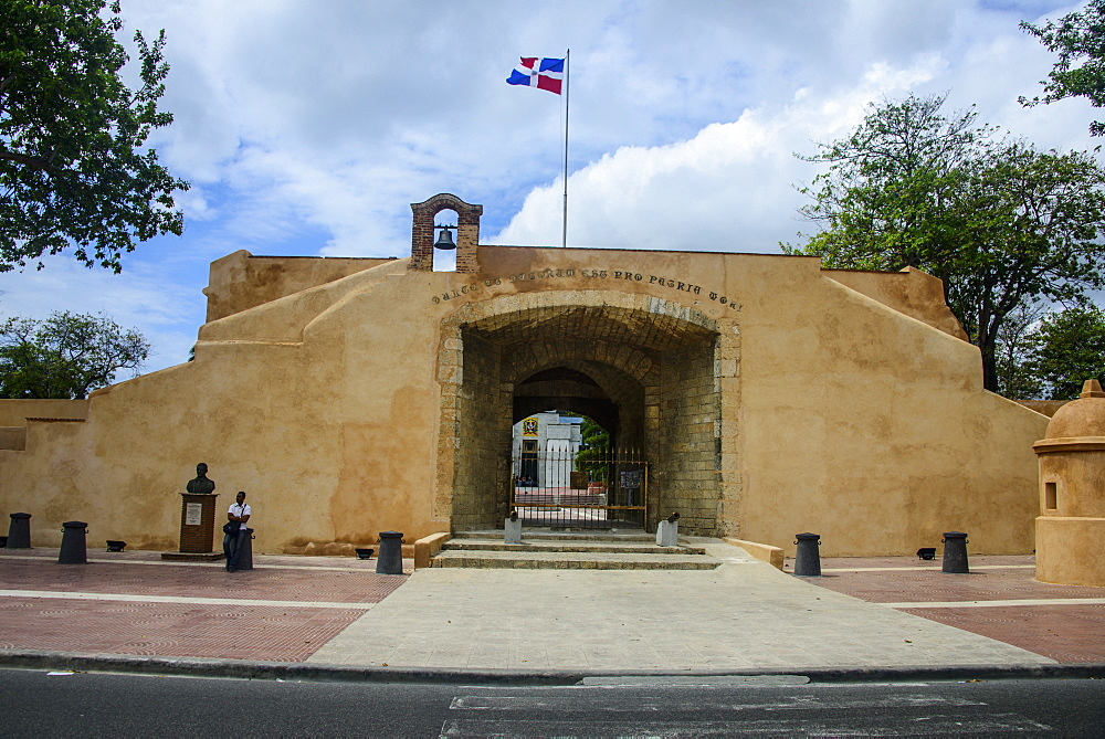 Puerto dal Conde, Old Town, UNESCO World Heritage Site, Santo Domingo, Dominican Republic, West Indies, Caribbean, Central America