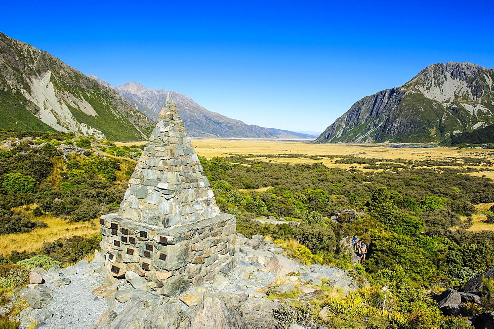 Memorial pyramid in the Mount Cook National Park, UNESCO World Heritage Site, South Island, New Zealand, Pacific
