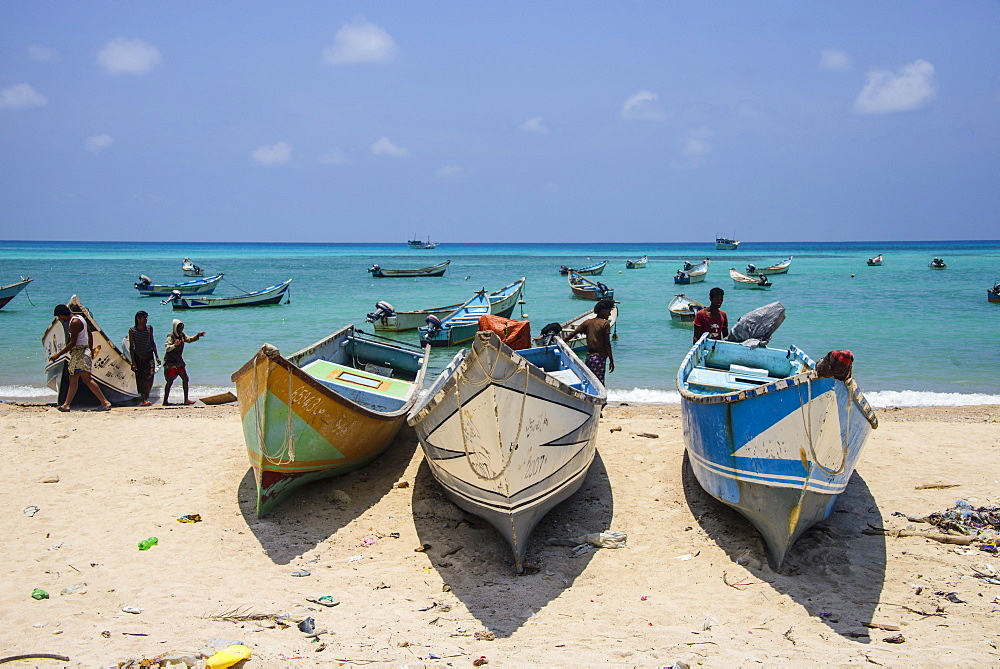 Fishing boats in the turquoise waters of Qalansia on the west coast of the island of Socotra, UNESCO World Heritage Site, Yemen, Middle East
