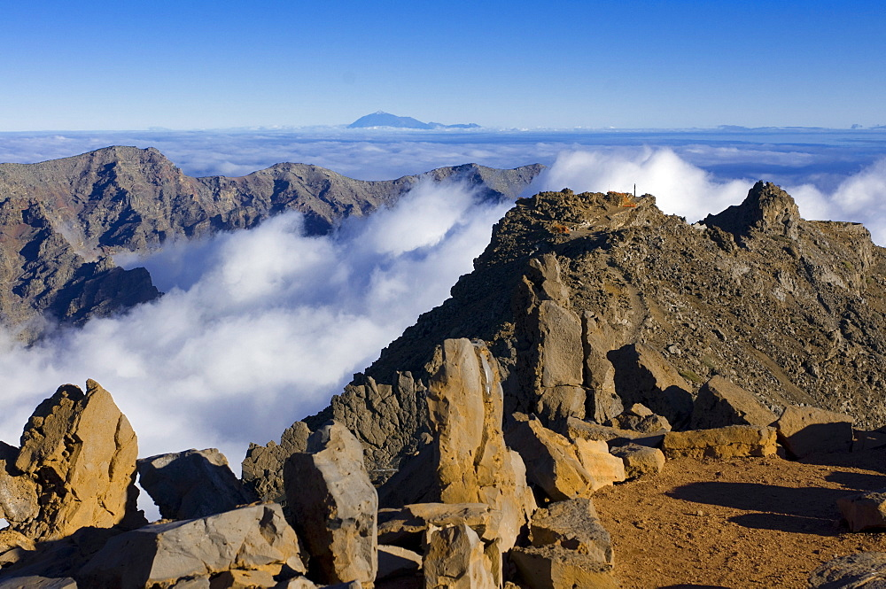 View from the rim of the volcano Taburiente, in the background the volcano El Teide, La Palma, Canary Islands, Spain, Europe