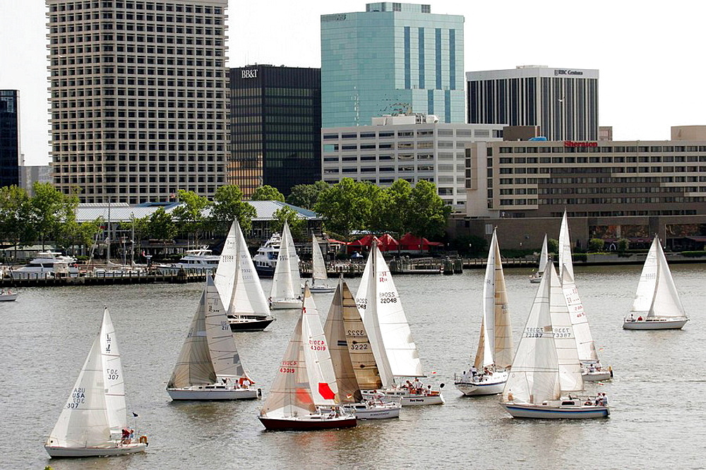 Elizabeth River, Cock Island Sailboat Race Weekend, boat, water, competition, Norfolk skyline, Portsmouth, Virginia, USA