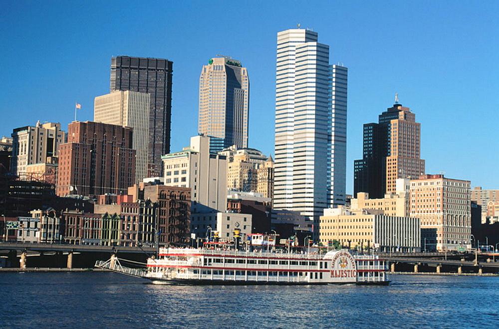 Riverboat cruise, Monongahela River, Pittsburgh, PA, USA