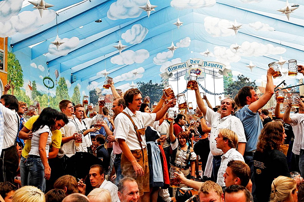 Oktoberfest, Munich beer festival, Bavaria, Germany - 817-115801