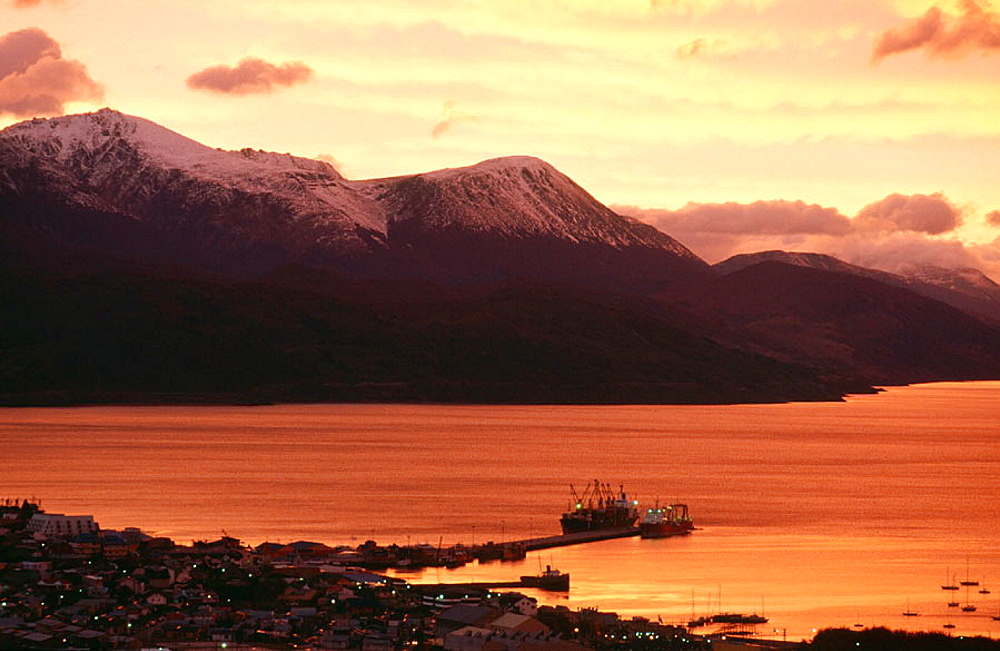 Ushuaia at sunset, Tierra de Fuego, Patagonia, Argentina - 817-121575