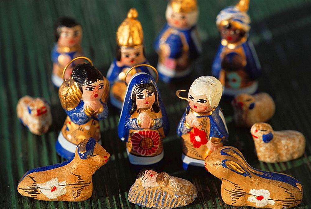 Mexico, Nativity scene, Mexican pottery on local market
