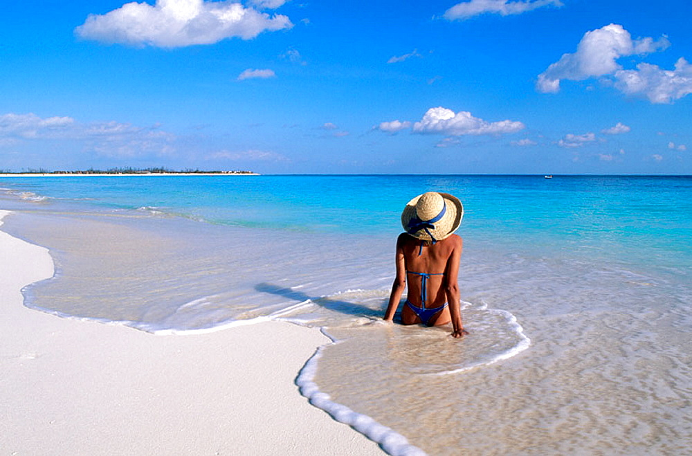 Woman on beach, Caribbean, Cuba, Cayo Largo