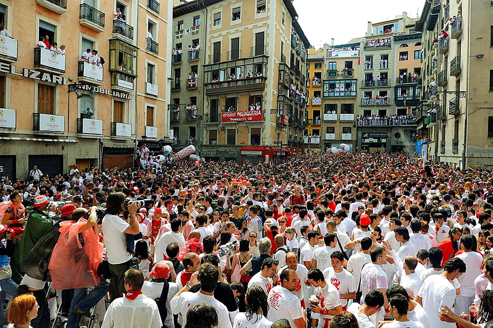 People waiting for 'chupinazo', the opening ceremony of the San Fermin Festival, Pamplona, Navarra, Spain