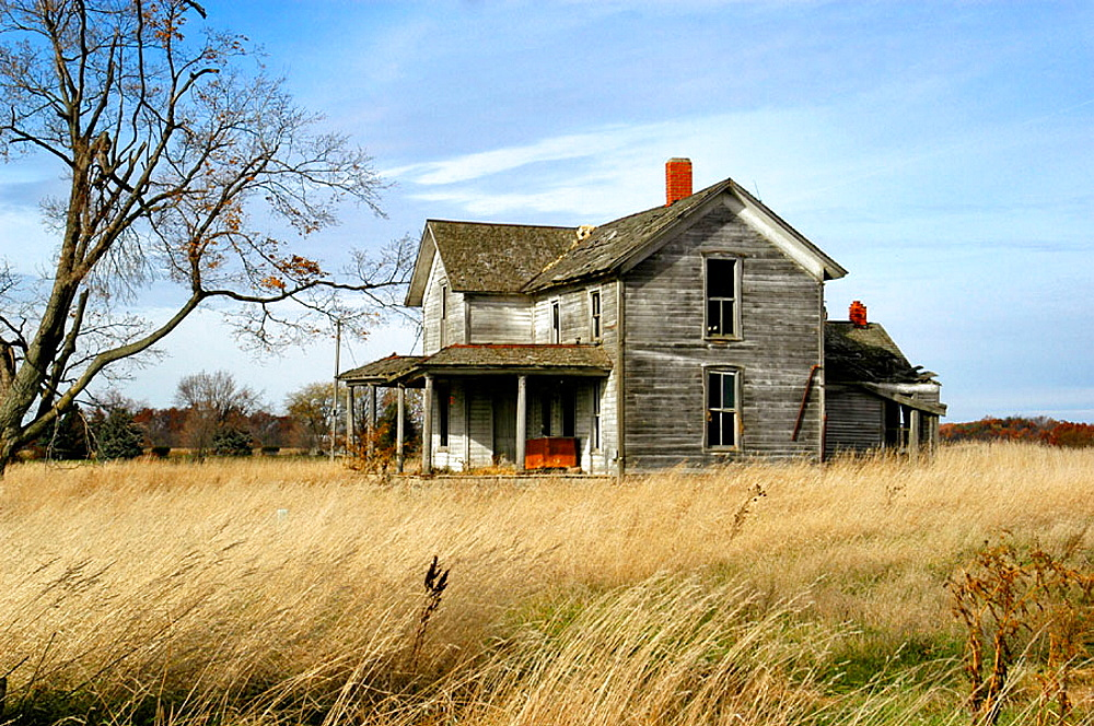 Deserted old farm, homestead along the North Eastern Indiana, Michigan, Ohio and border, USA