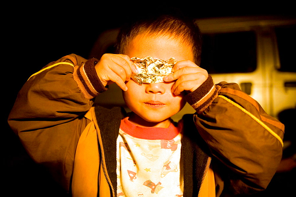 Child, Xingping, Guangxi, China