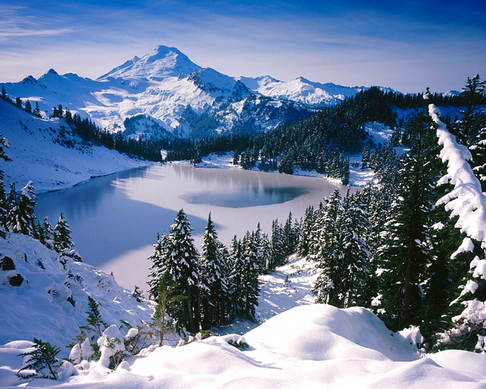 Winter, Iceberg Lake and Mount Baker, Mount Baker Wilderness, Washington, USA