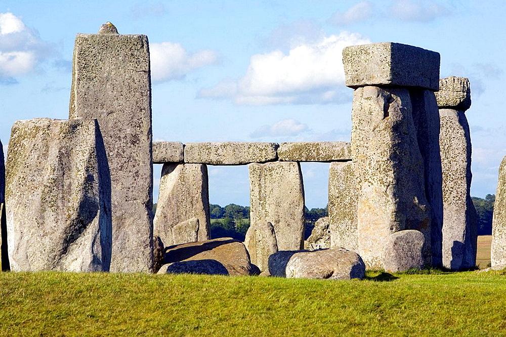 Stonehenge circle, Salisbury plain, Southern England, UK