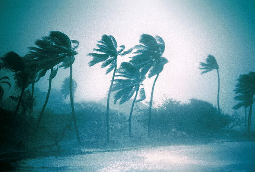 Hurricane Luis (september 1995), North Eastern Antigua Island, Caribbean - 817-1834