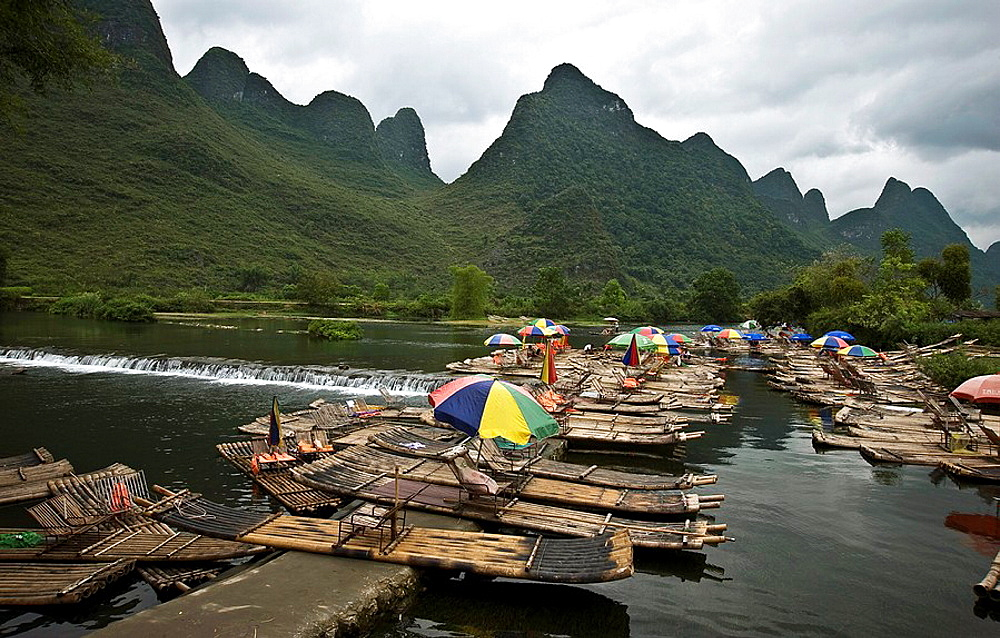 View of Lijiang river and Yangzhou mountains in Guangxi Province