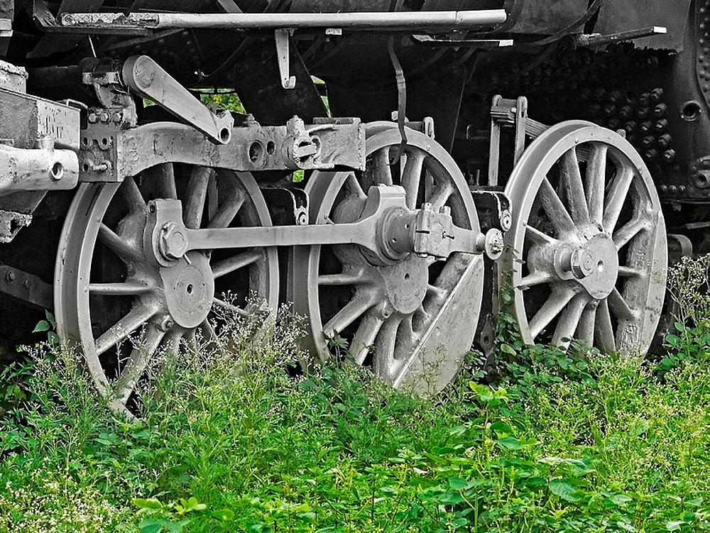 Wheel details of Disused steam engine in junkyard, Mhow, Madhyapradesh, India