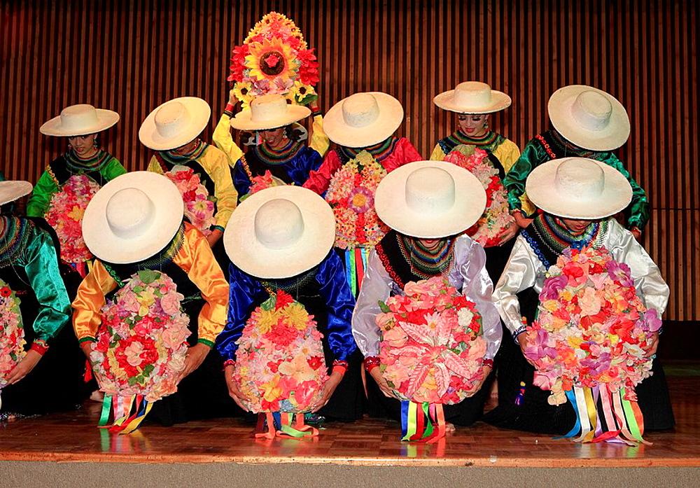 Ecuadorian Folklore Ballet, Ballet Folclorico Nacional, Quito, Ecudor