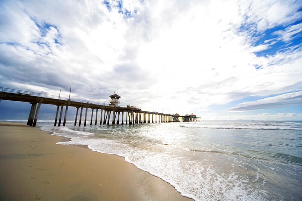 Huntington Pier on Pacific Ocean at Huntington Beach, near Los Angeles California, USA