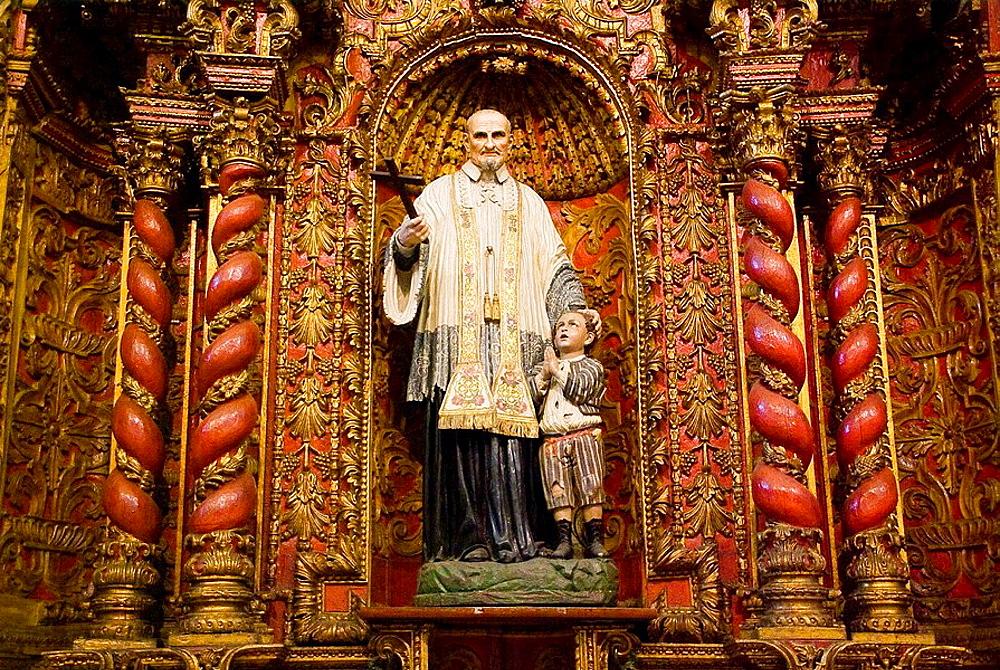 Ecuador.Quito.Altarpiecer baroque chapel of the old Hospital San Juan de Dios ( XVI century) Current City Museum.