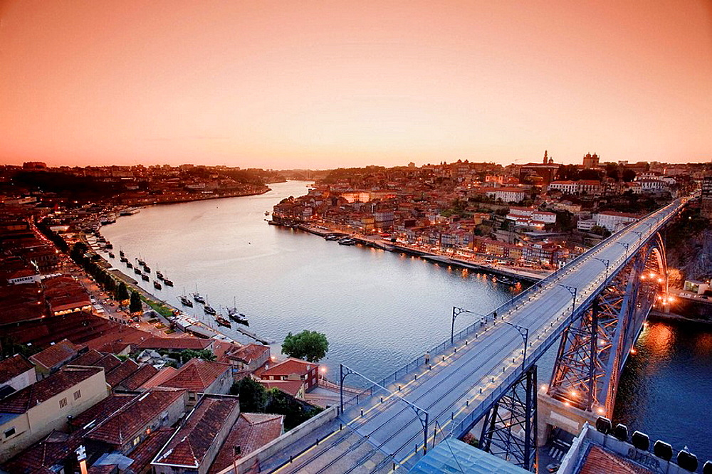 Ponte D  Luis I and Douro river, Porto UNESCO World Heritage, Portugal