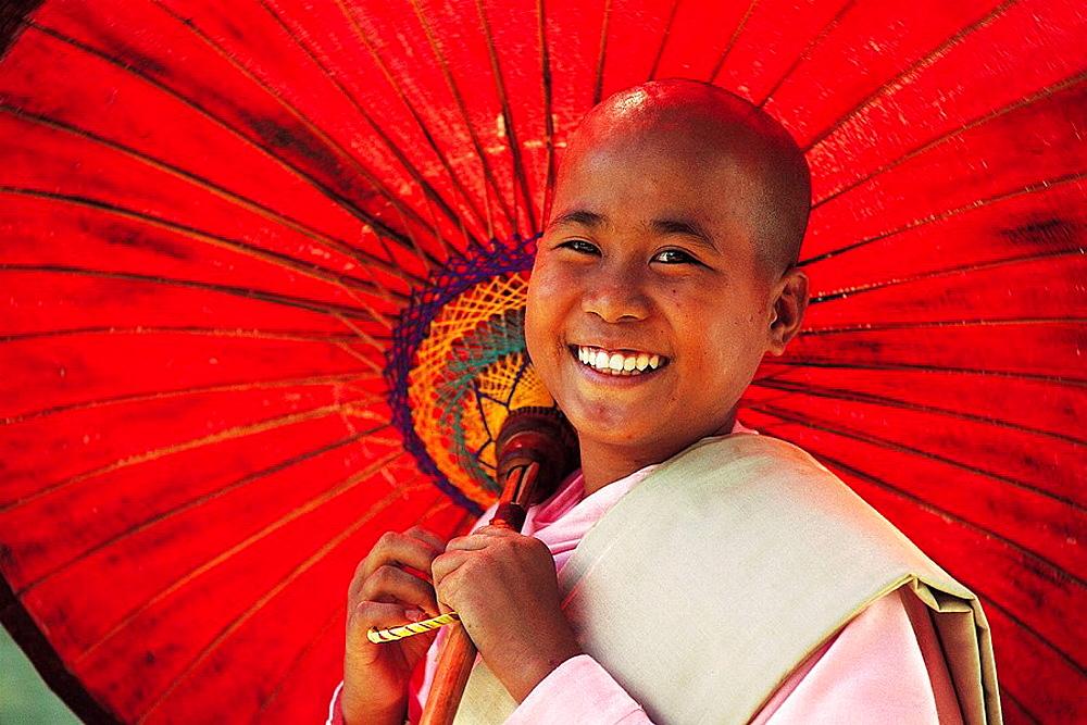 Buddhist nun, Mingun, Myanmar