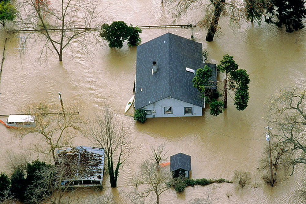 Flooded home, Tehama, California, USA - 817-215507