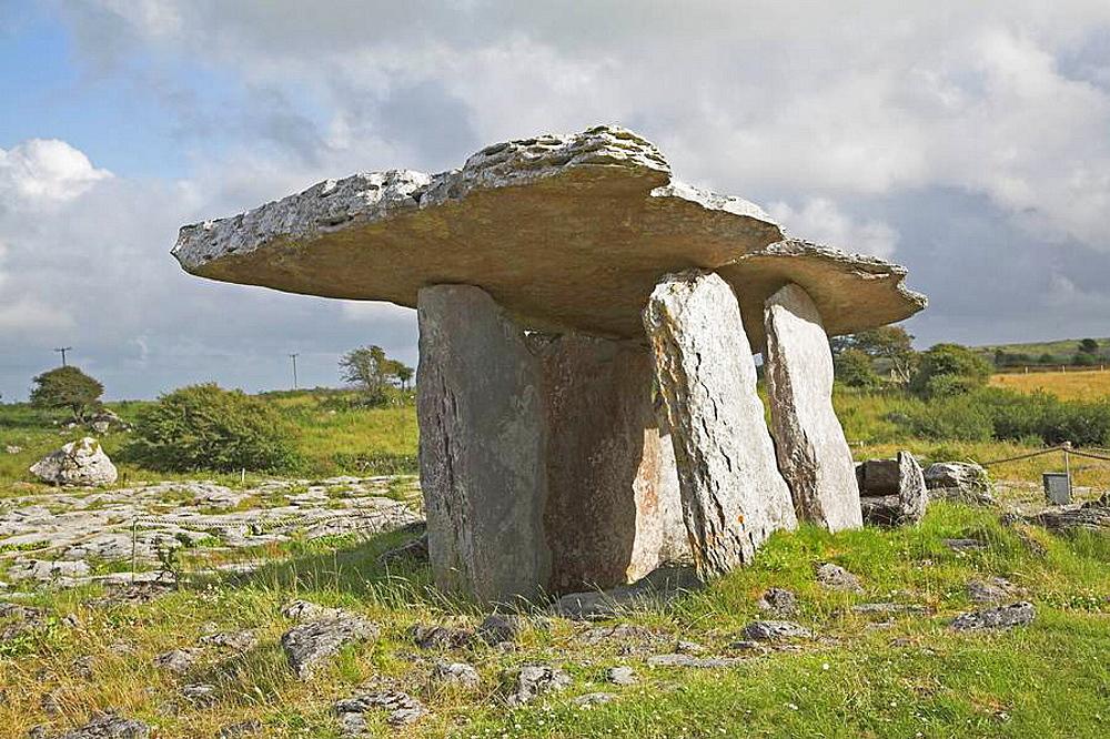 Poulnabrone dolmen, County Clare, Ireland