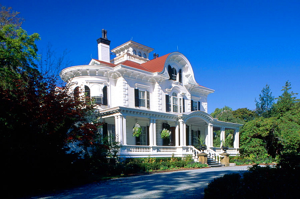 A villa on Belleuve Avenue, Newport, Rhode Island, USA.