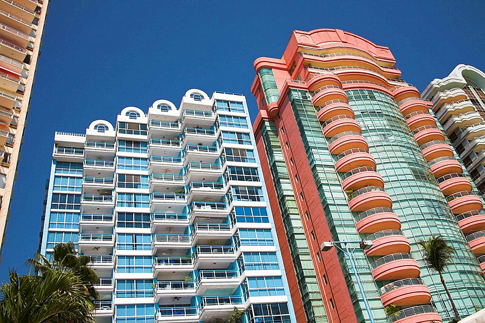 Condominiums, apartments, overlooking the beach, Acapulco, Guerrero State, Mexico