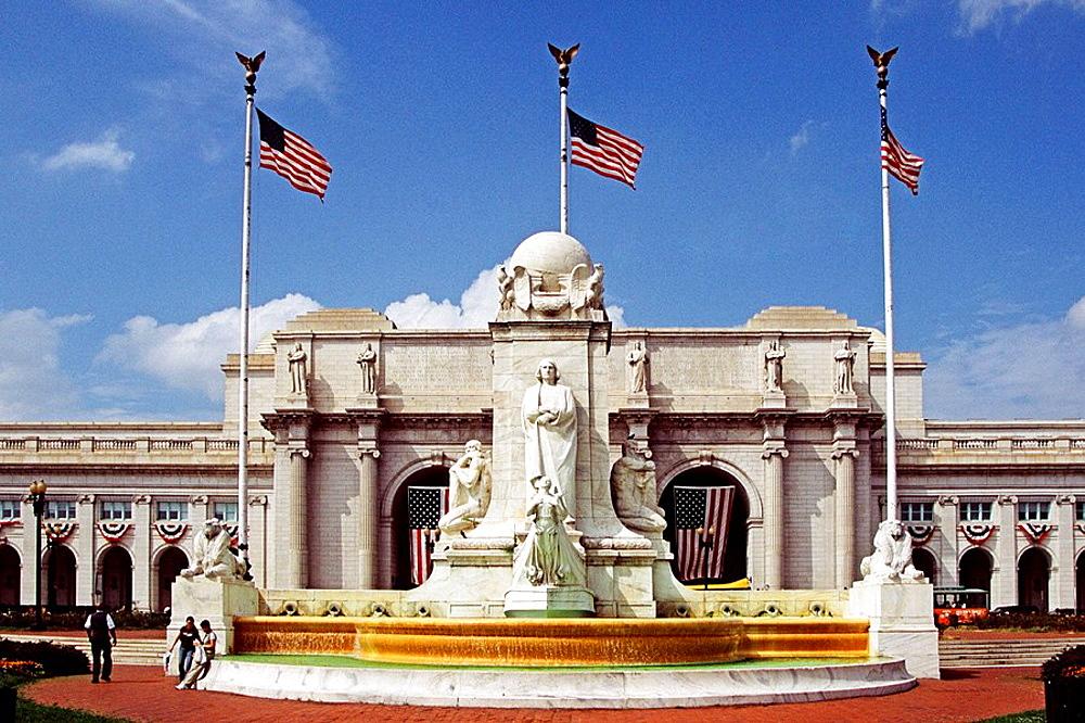 Christopher Columbus monument and fountain outside Union Railway Station, Washington, DC, USA