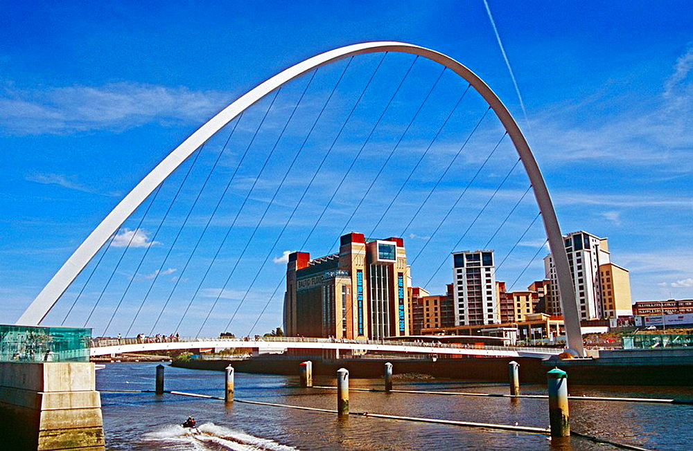 Gateshead Millennium Bridge, Gateshead, near Newcastle Upon Tyne, Tyne and Wear, England