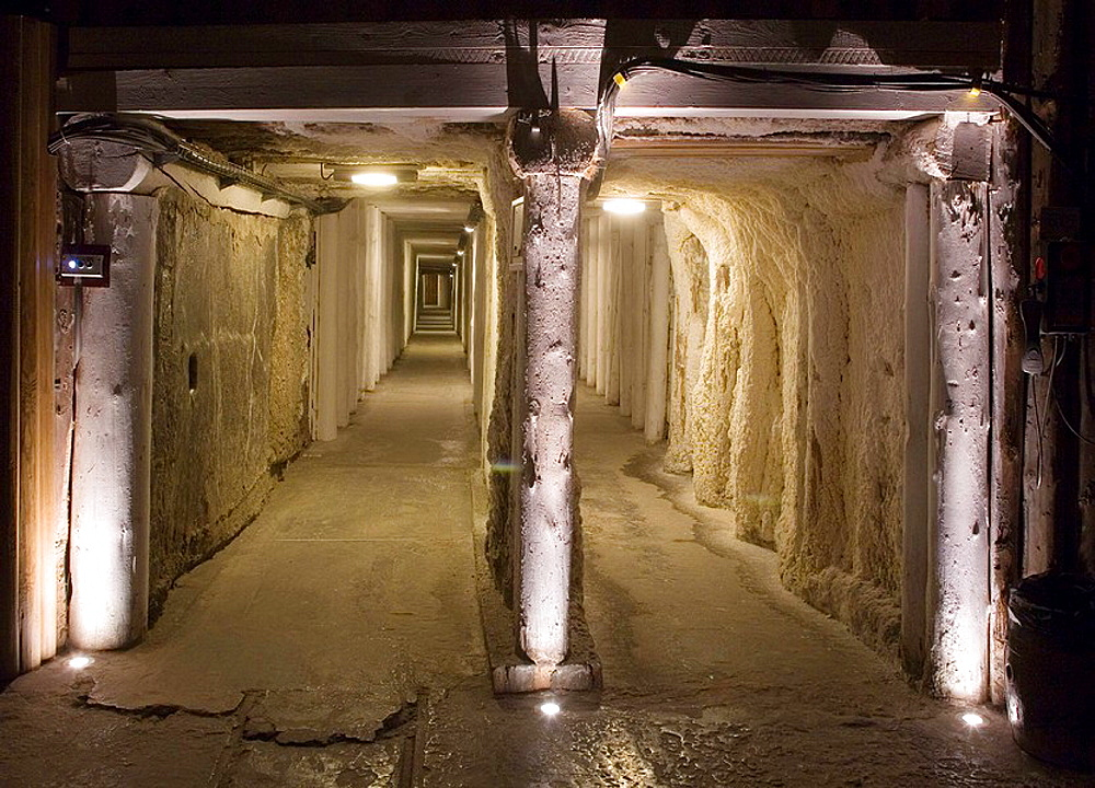 Poland, Wieliczka Salt Mine, World Heritage Site, UNESCO, place of sanatorium for respiratory and rheumatic diseases