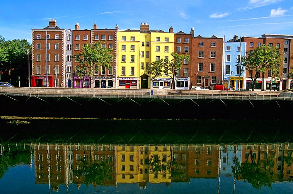 Quay, River Liffey, Dublin, Ireland. - 817-236846