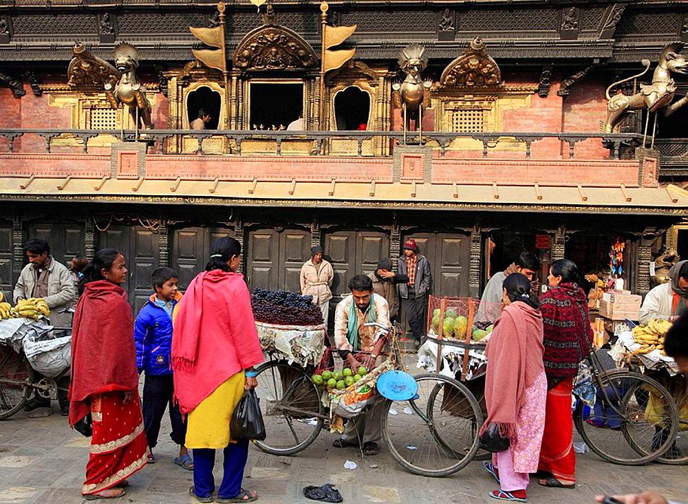 Nepal, Kathmandu, Indra Chowk, Akash Bhairab shrine, market, people