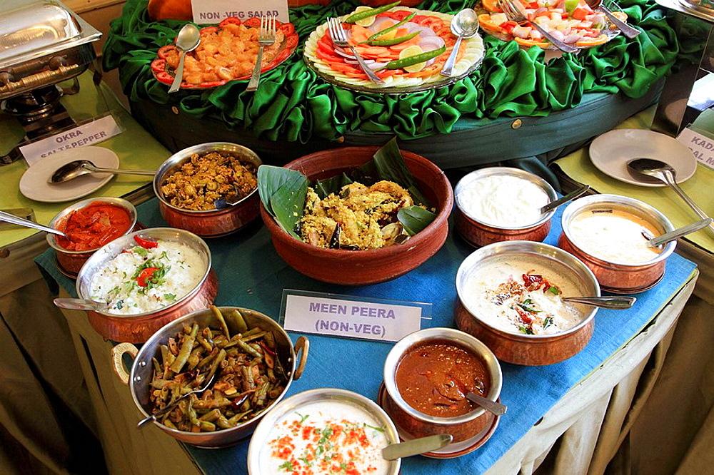 India, Kerala, Alappuzha, Alleppey, restaurant, indian buffet