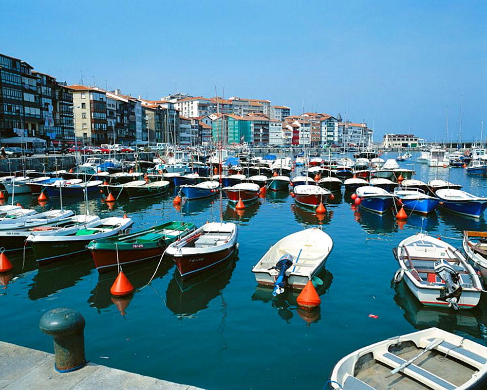 Lekeitio harbour, Bizkaia, Euskadi, Spain.