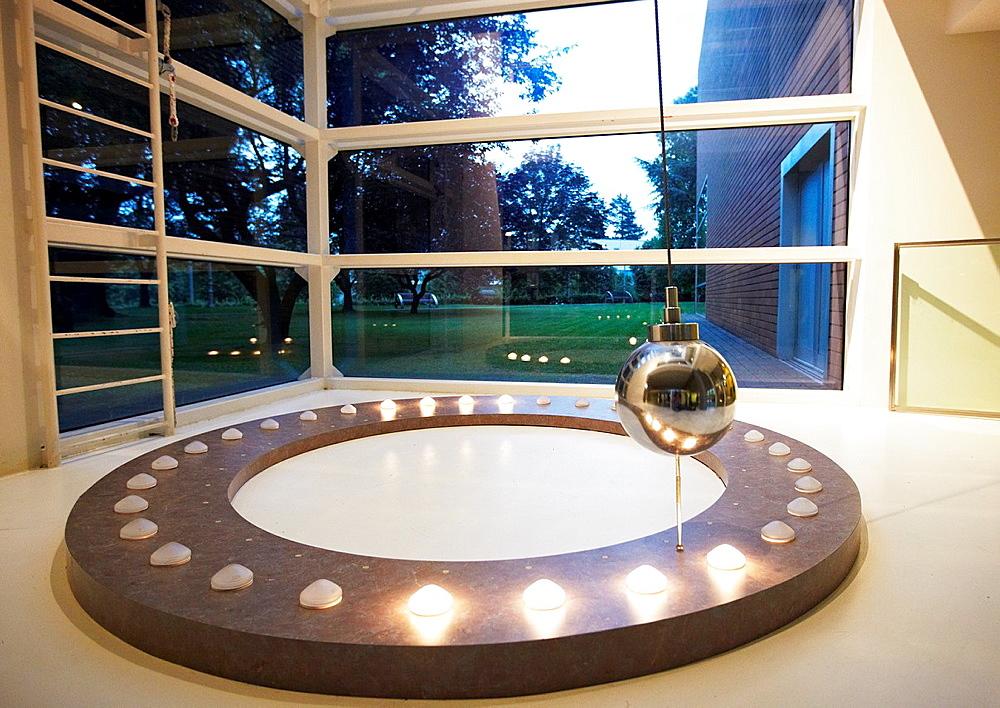Pendulo de Foucault, Kutxaespacio, Museo de la Ciencia, Donostia, San Sebastian, Gipuzkoa, Euskadi, Spain.