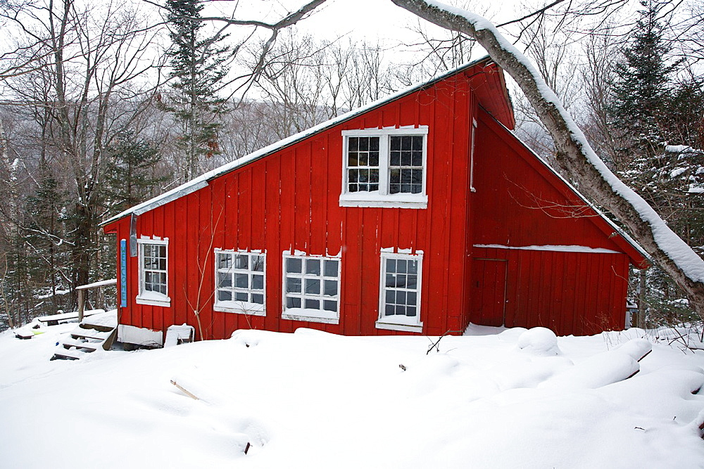 New Hampshire Outing Clubs Franky cabin in Franconia Notch State Park of the White Mountains, New Hampshire USA during the winter months The New Hampshire Outing Club owns this cabin and operates on a special use permit from the state of New Hampshire