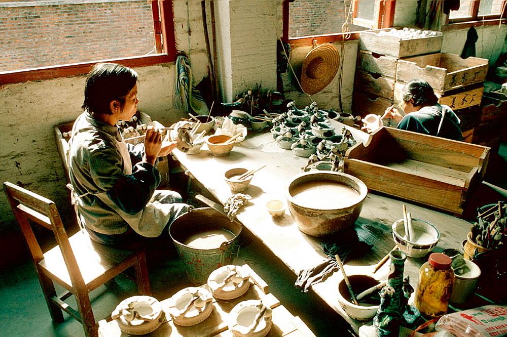 Porcelain manufacture workshop, Fo-Shan, Guangdong, China