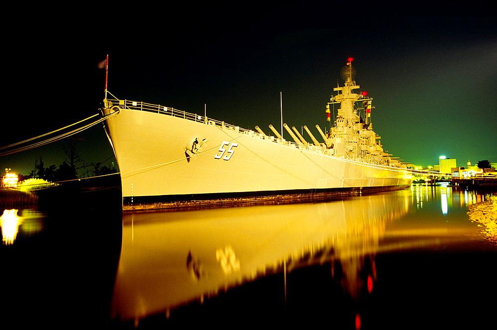 WW2 battleship USS North Carolina Now a museum visitor attraction on Eagle Island, port of Wilmington, North Carolina, USA