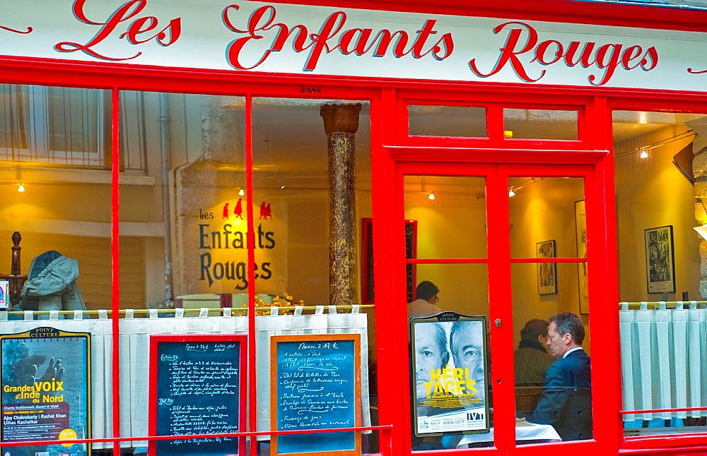 Paris, France, French Bistro Restaurant, in the Marais District, Les Enfants Rouges