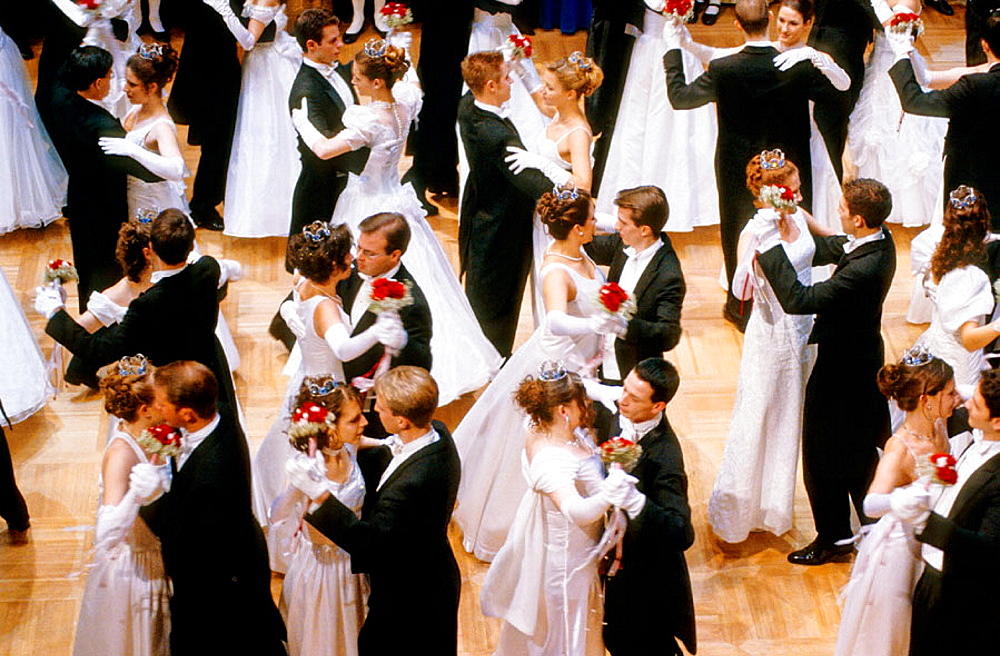 Opera ball in the National Opera, Winter ball, Vienna, Austria