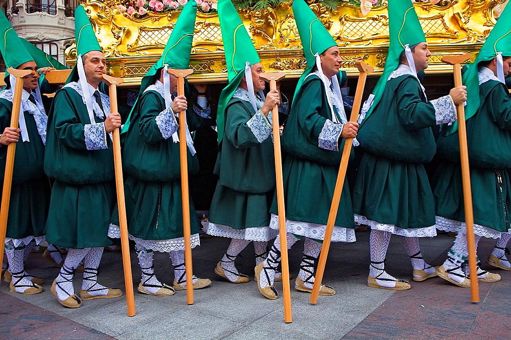 Penitents Palm Sunday processionCofradia del Santisimo Cristo de la Esperanza Holy Week Murcia Spain - 817-274089