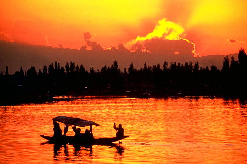 Kashmir, India - 817-2801